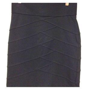 xxi Black Stretchy Pencil Skirt w/top stitching